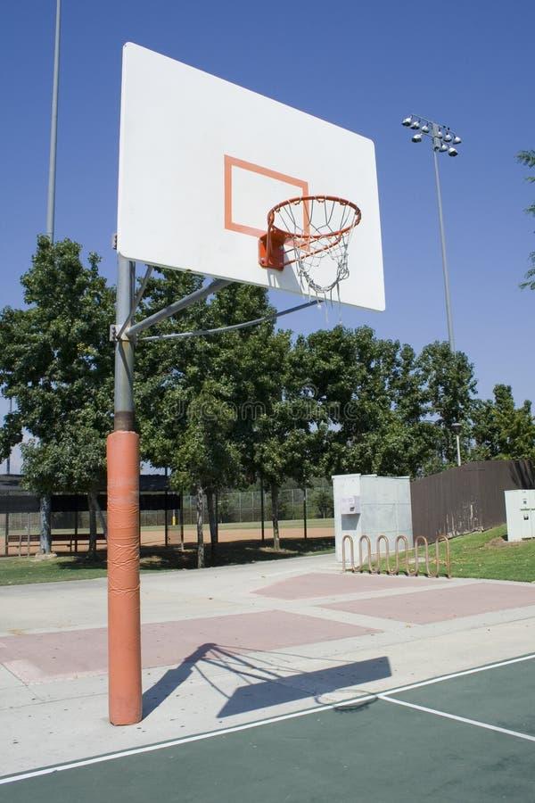 Terrain de basket photos stock