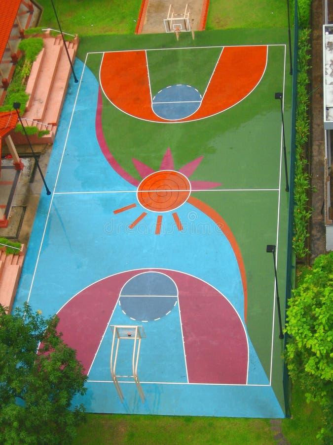 Terrain de basket photographie stock libre de droits