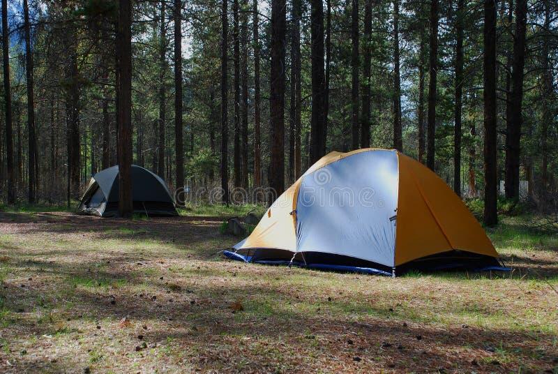 Terrain de camping images libres de droits