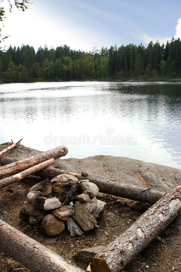 Terrain de camping photographie stock libre de droits