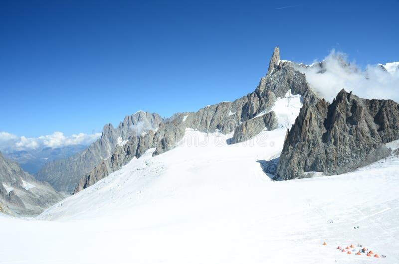 Terrain de camping de glacier photos stock