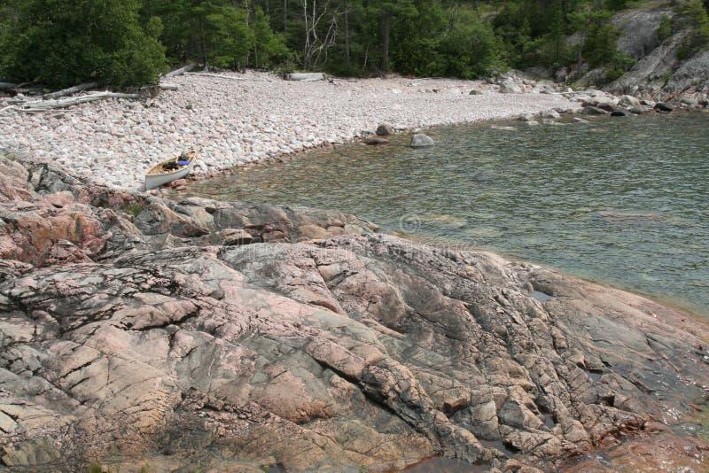 Terrain de camping de région sauvage de supérieur de lac photo stock