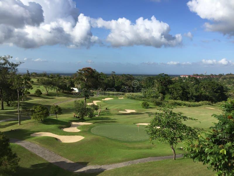 Terrain de golf images libres de droits
