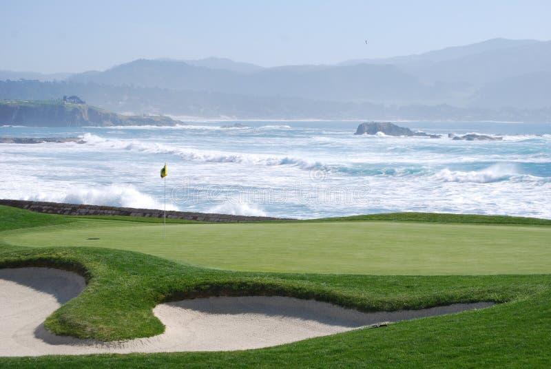 Terrain de golf de Pebble Beach images stock