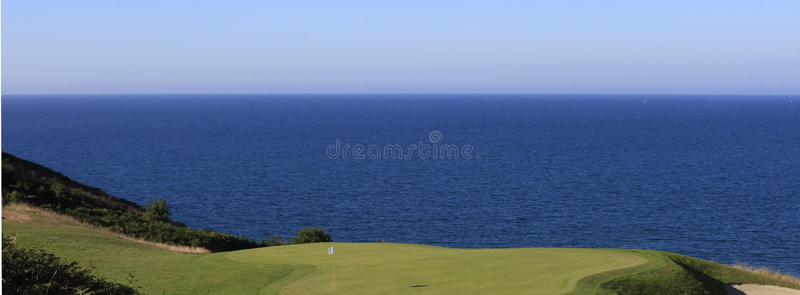Terrain de golf de Pleneuf Val Andre, la Bretagne, France image stock