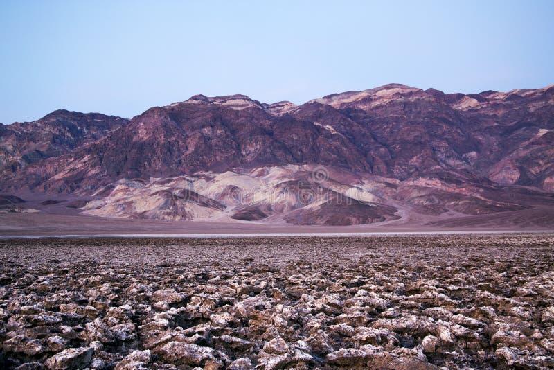 Terrain de golf du ` s de diable, parc national de Death Valley, la Californie image stock