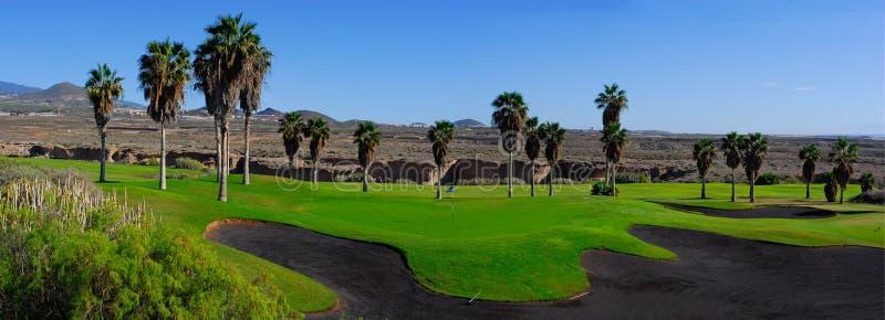 Terrain de golf panoramique image libre de droits