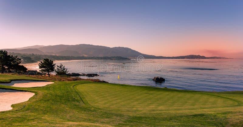 Terrain de golf de Pebble Beach, Monterey, la Californie, Etats-Unis photographie stock