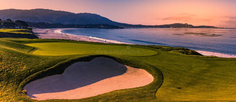 Terrain de golf de Pebble Beach, Monterey, la Californie, Etats-Unis photographie stock libre de droits
