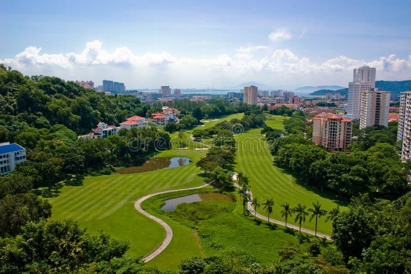 Terrain de golf pittoresque image libre de droits