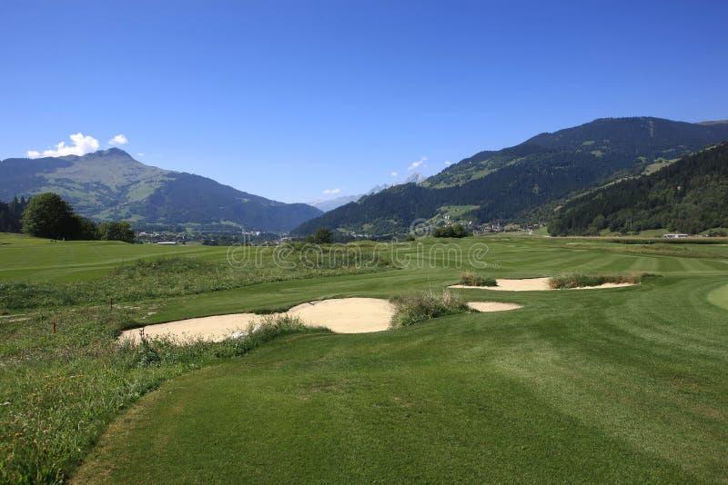 Terrain de golf Schluein - Sagogn, Suisse photographie stock libre de droits