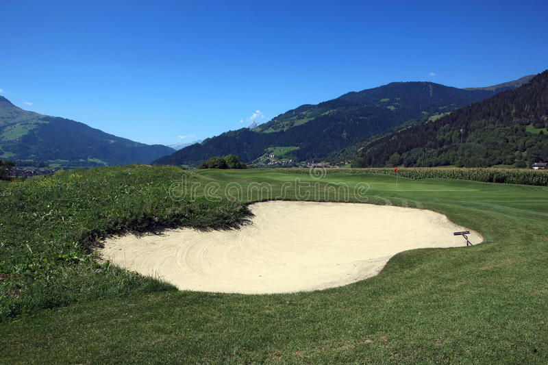 Terrain de golf Schluein - Sagogn, Suisse image libre de droits