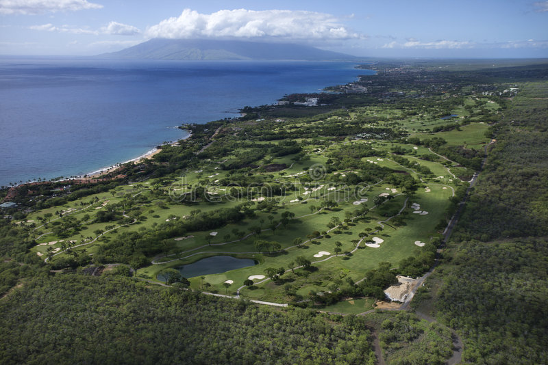 Terrain de golf sur Maui. images stock