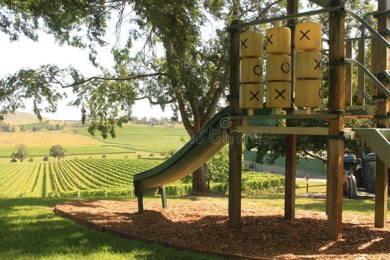 Terrain de jeu à l'établissement vinicole photographie stock libre de droits