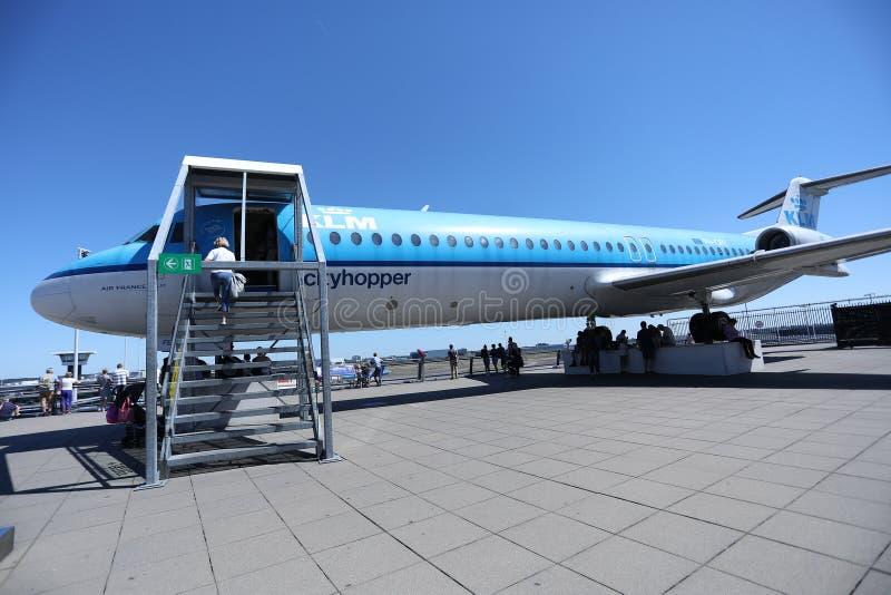 Terrain de jeu plat de KLM sur la plate-forme d'observation, aéroport d'Amsterdam Schiphol, l'AMS images stock