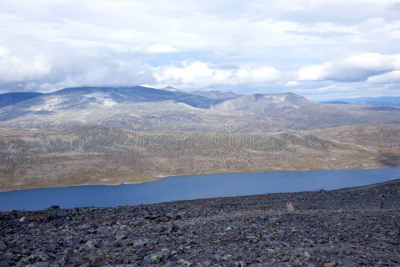 Terrain montagneux en Norv?ge Stationnement national de Jotunheimen photos stock