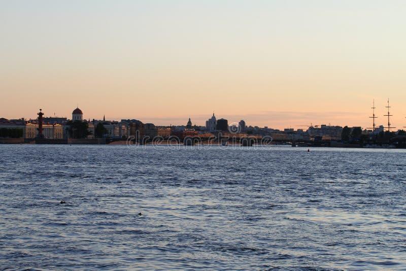 Terraplén de St Petersburg foto de archivo
