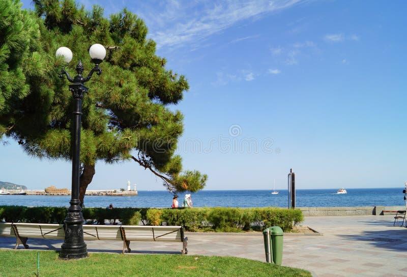 Terraplén de Yalta, Crimea fotos de archivo