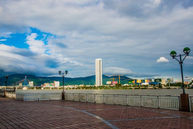 A terraplenagem central bonita vietnam Da Nang fotos de stock royalty free