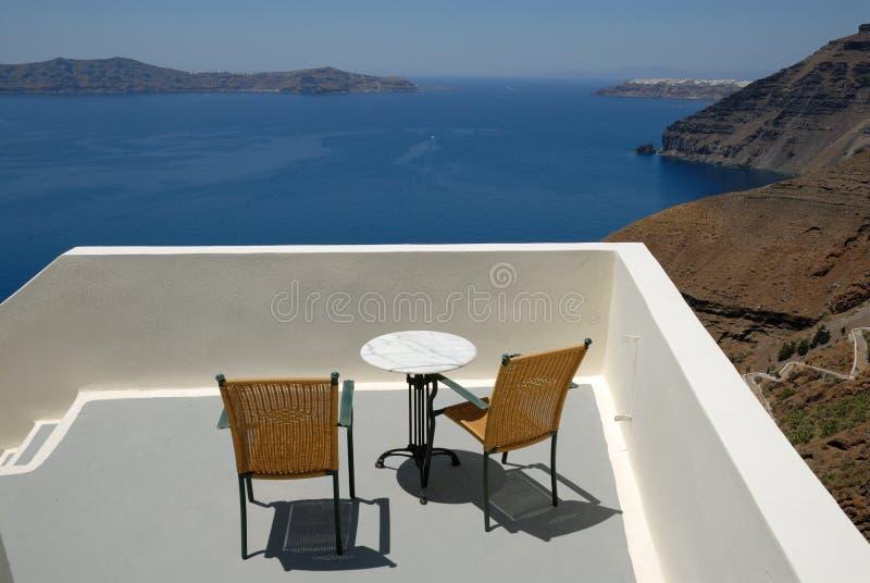 Terras in Santorini, Griekenland royalty-vrije stock fotografie