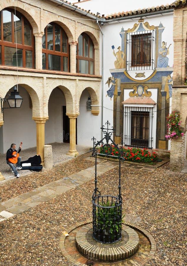 Terras van het oude Spaanse huis royalty-vrije stock afbeeldingen