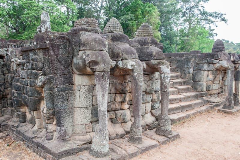 Terrass av elefanterna, Angkor Thom royaltyfria bilder