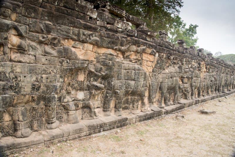 Terrass av elefanterna i Angkor Thom fotografering för bildbyråer