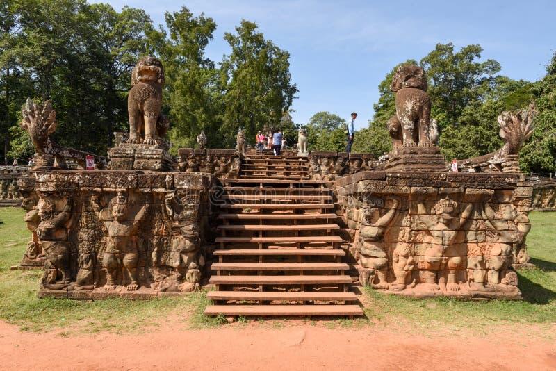 Terrass av elefanterna på Angkor Thom på Siemreap, Cambodja arkivfoton