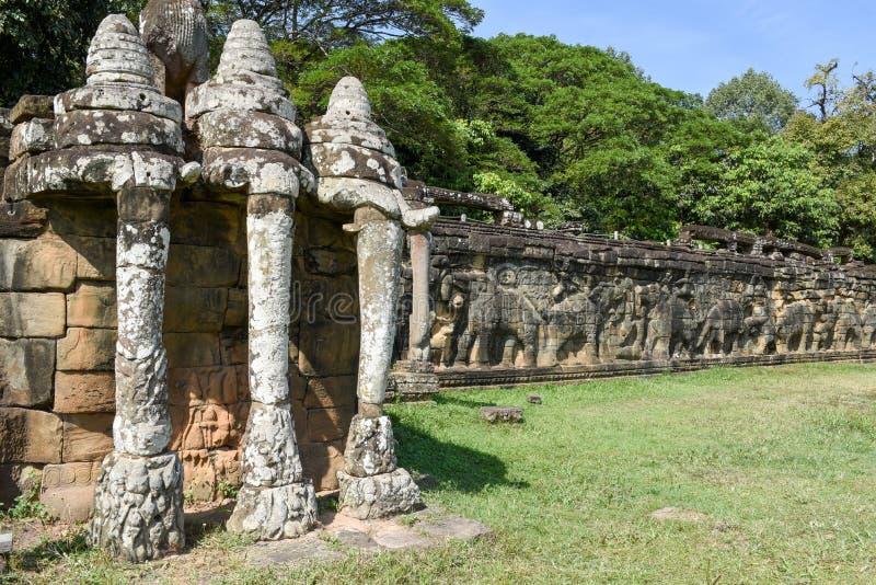 Terrass av elefanterna på Angkor Thom på Siemreap, Cambodja royaltyfri fotografi