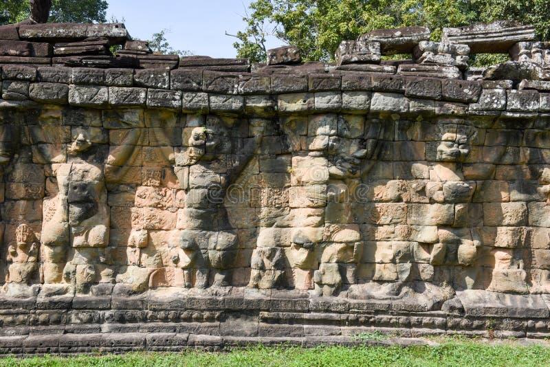 Terrass av elefanterna på Angkor Thom på Siemreap, Cambodja fotografering för bildbyråer
