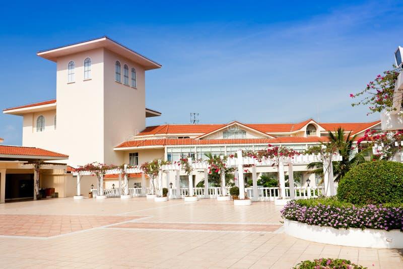 Terrasse exotique d'hôtel photo stock