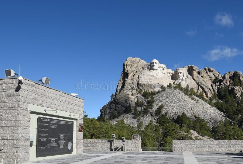 Terrasse grande de vue au mémorial national du mont Rushmore image libre de droits