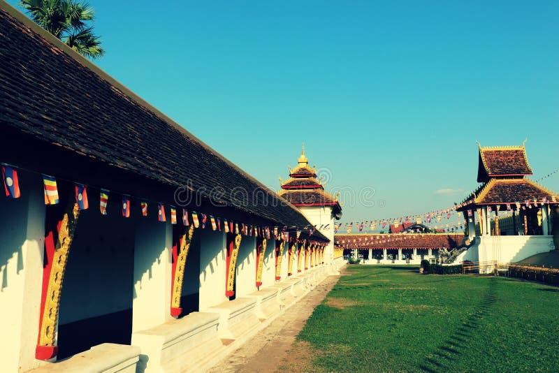 Terrassen på den stora Stupaen, Vientiane, Laos royaltyfria foton
