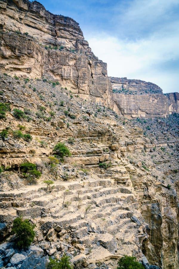 Terrassenflächen in Wadi Ghul lizenzfreies stockfoto