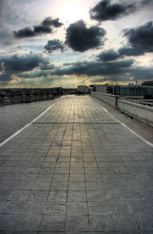 Terraza del tejado en París fotos de archivo libres de regalías