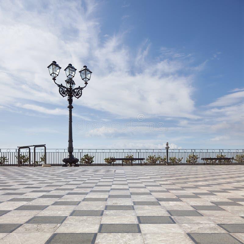 Terraza panorámica de Taormina fotografía de archivo libre de regalías