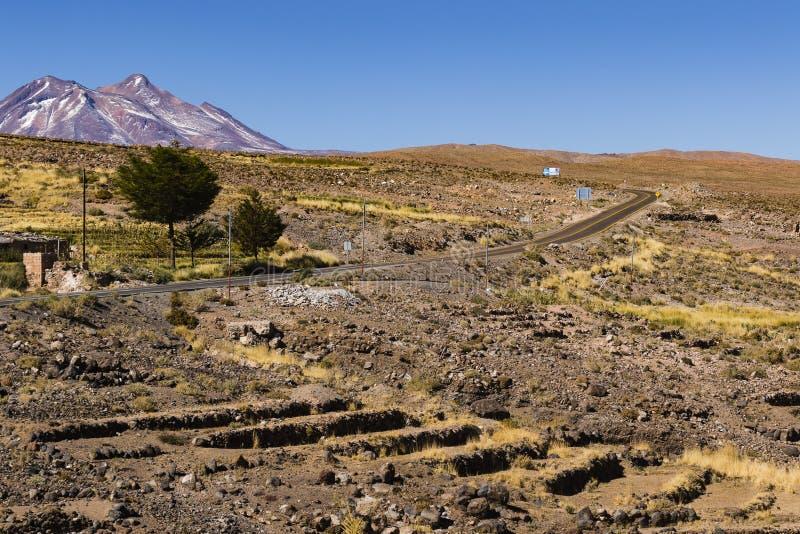 Terrazzi e montagna nella riserva nazionale di flamenco di Los fotografia stock