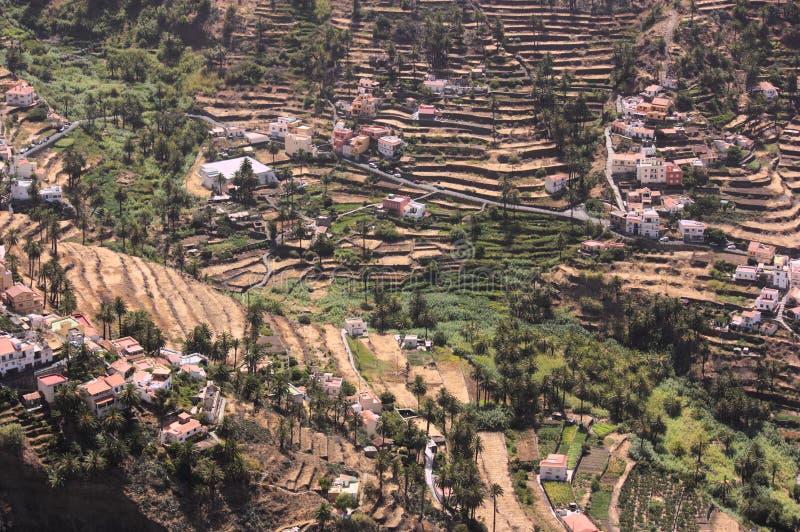 Terrazzi sul fianco di una montagna a Valle Gran Rey, La Gomera Santa Cruz di Tenerife fotografia stock