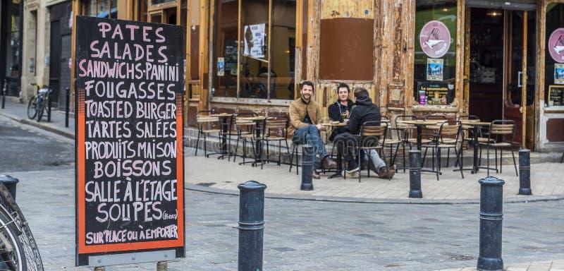 Terrazzo di Antivari del caffè di Apollo in Bordeaux aquitaine france fotografie stock