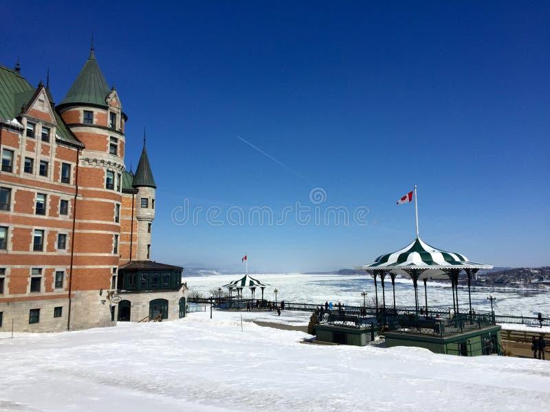 Terrazzo di Dufferin, st ghiacciata Lawrence River, Québec nell'inverno fotografie stock libere da diritti