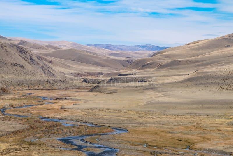 Terrazzo fluviale fotografia stock. Immagine di rivulet - 65782084
