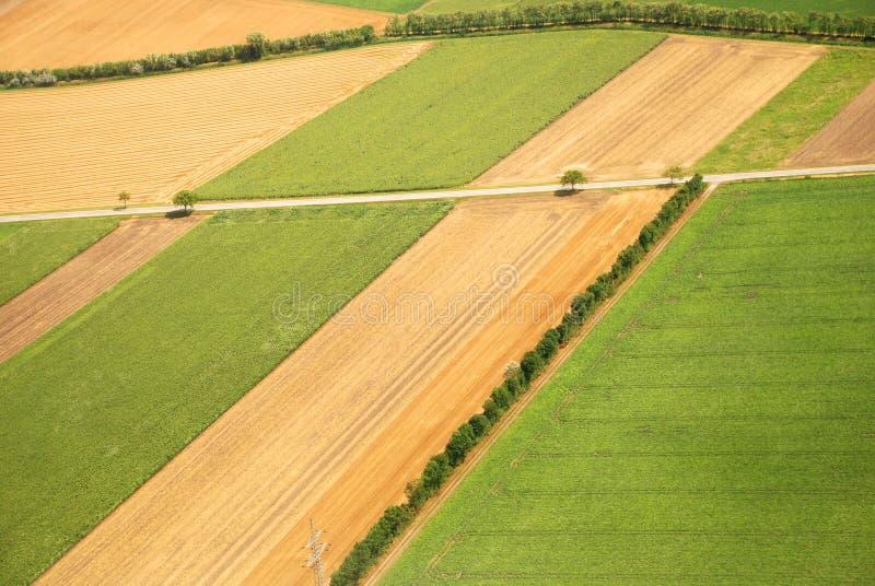 Terre cultivée par Autrichien vue d'un avion photo libre de droits