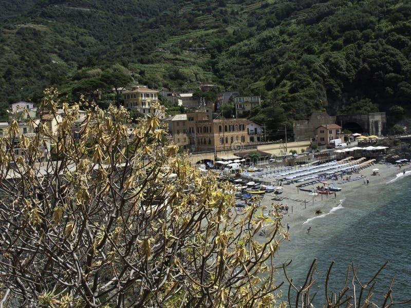 Download Terre de Cinque photo stock. Image du église, port, village - 56476986