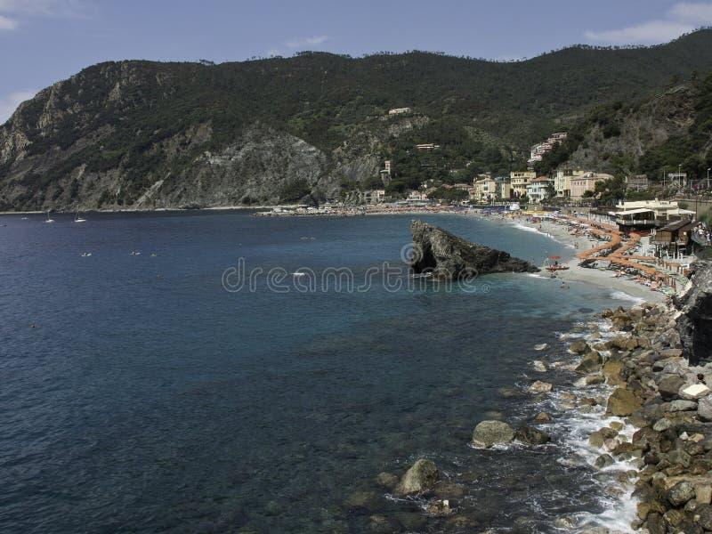 Download Terre de Cinque photo stock. Image du côte, côtes, maison - 56478610