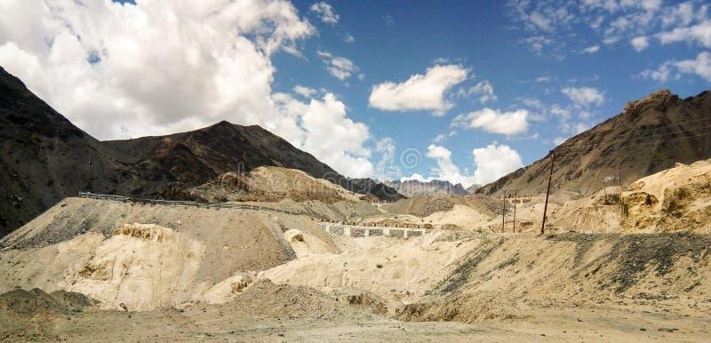 Terre de lune d'Inde de Ladhakh photographie stock