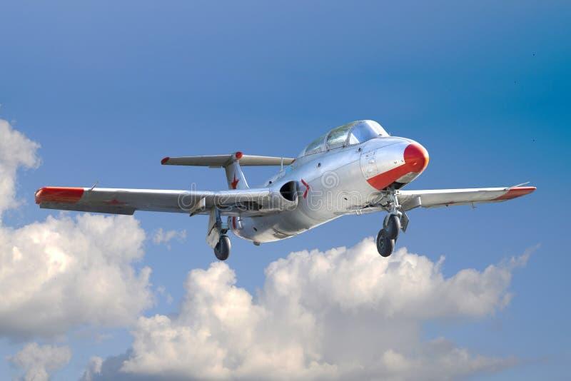 Terre russe dell'aereo da caccia da un volo di formazione fotografia stock libera da diritti