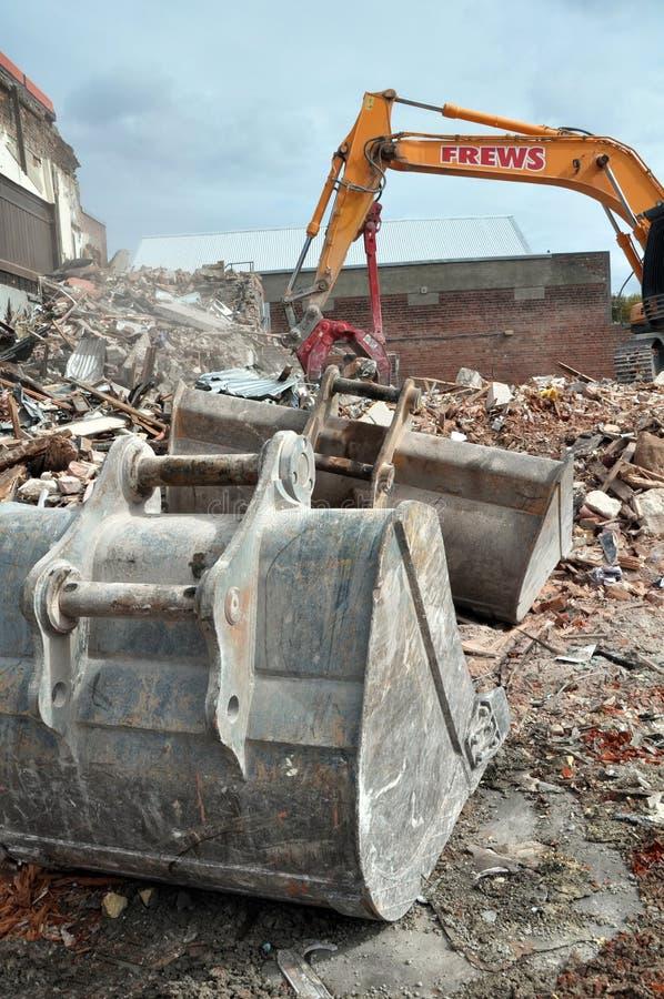 Terremoto de Christchurch - escavadores & colheres imagens de stock royalty free
