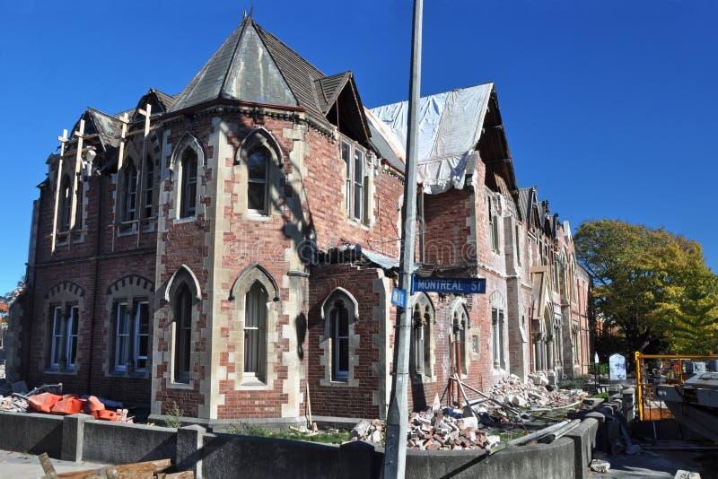 Terremoto de Christchurch - High School das meninas idosas fotografia de stock royalty free