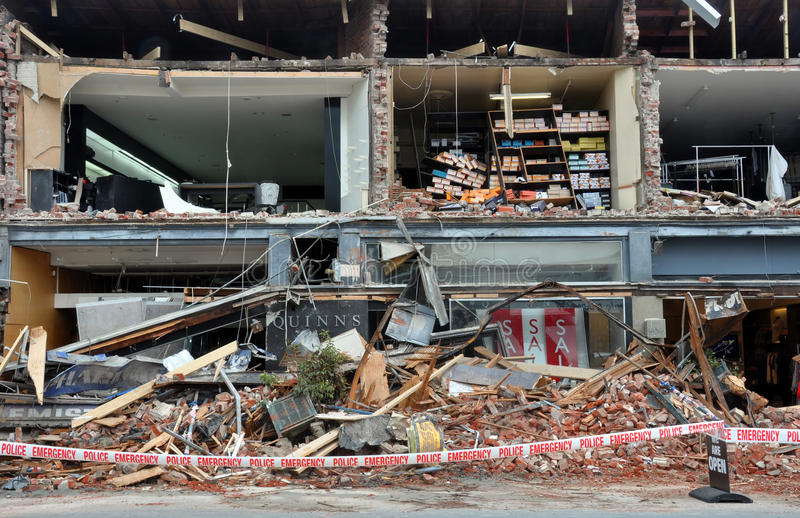 Terremoto de Christchurch - lojas de Merivale destruídas imagem de stock royalty free