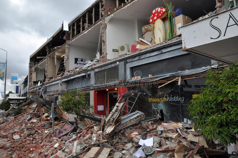 Terremoto Di Christchurch - Negozi Di Merivale Distruss Immagine Editoriale